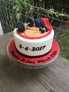 Unique Birthday Cakes, Birthday Cakes For Men, Fondant Cakes, Cupcake Cakes, Crossfit Cake, Bachelor Party Cakes, Fitness Cake, Gym Cake, Bike Cakes