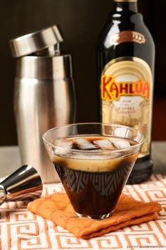 Kahlua French Vanilla Cooler 1½ parts Kahlúa French Vanilla 1 part creme de cocoa ½ part Absolut © vodka 1 part freshly brewed coffee – cooled