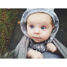 Mom's eye view. All wrapped up and on the go. Boba Baby Wrap in Gray. Those peepers in love-you-forever blue. Freedom together in all shapes, sizes and colors. #wearallthebabies