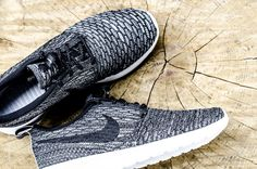 0dbe280f758d Nike Wmns Roshe Run Flyknit (704927-006) Dark Grey Black USD90 On Sale