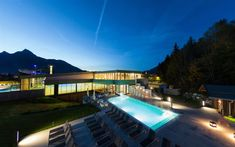 Best Wellness hotels in Austria, book an accommodation and Hotels in Austria, best prices. Holiday Service, Heart Of Europe, In The Heart, Hotels, Hot Springs, Wellness, Good Books, Skiing, Spa