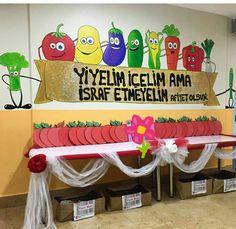 Art For Kids, Crafts For Kids, Turkey Handprint, Kids News, Thanksgiving Preschool, Turkey Craft, Sexy Drawings, Masks Art, School Decorations