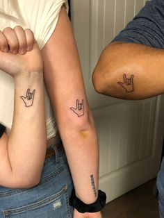 Sibling Tattoos, Dainty Tattoos, Family Tattoos, Sister Tattoos, Hand Tattoos, Small Tattoos, Love Tattoos, Sexy Tattoos, Tatoos