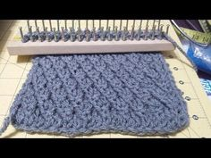 (53) tuto point tricot : Côtes alternées - YouTube