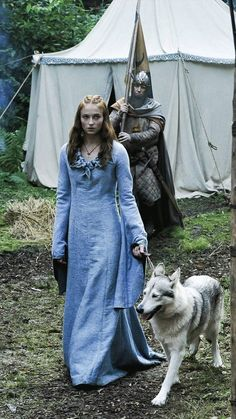 Game of Thrones Game Of Thrones Dress, Game Of Thrones Series, Game Of Thrones Tv, Got Stark, Sansa Stark, Game Of Thones, House Stark, Designs For Dresses, Beautiful Costumes