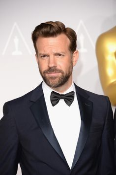Jason Sudeikis looks like Ben in this pic! @Karen Jacot Byars @Julia Rojas are y'all seeing this?