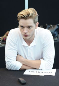 Jace shadowhunters hairstyle