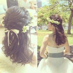 Happy wedding♡ 今日のお嫁さまはアレンジダウンスタイルから. ハクレイの紐はバックでいっしょに編み込みました♡ #kumikoprecious #hawaii #hawaiiwedding #wedding #weddinghair #bride #bridehair #hair #hairmake #hairstyle #hairarrange #loose #ハワイ #ハワイ挙式 #ハワイウェディング #ウェディング #結婚式 #花嫁 #プレ花嫁 #おしゃれ花嫁 #ヘアメイク #ヘアスタイル#ヘアアレンジ #ハーフアップ #ハクレイ #花かんむり #ツイスト #編み込み