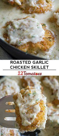 Roasted Garlic Chicken Skillet Iron Skillet Recipes, Skillet Dinners, Dining Lighting, Fun Baby, Meat Recipes, Dinner Recipes, Chicken Recipes, Cooking Recipes, Entree Recipes