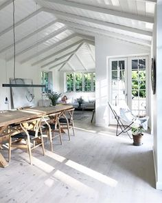 Garage Extension, Modern Bungalow, Beach House Decor, Home Decor, Scandinavian Living, River House, Little Houses, Cottage Style, Living Area