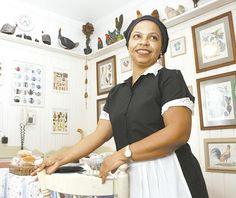 Como todo profissional no exercicio de suas funções, a empregada doméstica não é exceção.   Qu...