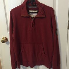 American Eagle Half zip can be men's or women's. the size is a Men's medium but I've worn it and it's very comfortable!! good shape! American Eagle Outfitters Jackets & Coats