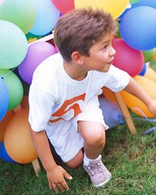 obstacle course balloon table