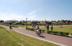 Kategorie: Rodinné domy   Klíčová slova: Architektura, Moderní rodinný dům, Nizozemí, Zelená střecha  Category: Houses Keywords: Architecture, Modern house, Holland, Green Roof
