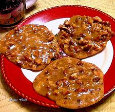 Pecan Pralines - A famous New Orlean's Institution! Lovefoodies