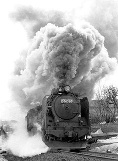 Train Vacations, Train Times, Old Trains, Train Car, Steam Engine, Steam Locomotive, Taking Pictures, Old Photos, Adventure Travel