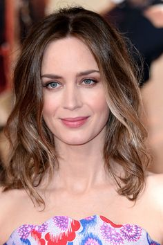 Emily Blunt Pale blonde enlivens a spicy brown base.