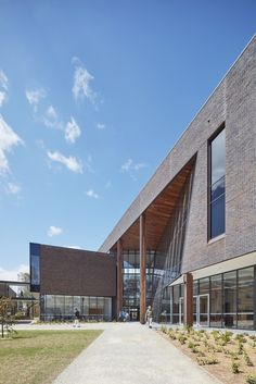 Gallery of Gateway Building for Trinity College / McIldowie Partners - 10