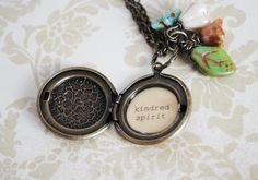Awww we can make these and have kindred spirit friendship lockets!!!