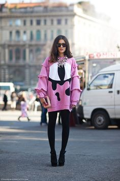 Eleonora Carisi- Stockholm Streetstyle wearing Daniel Palillo jumper, Dsquared necklace, Corto Moltedo clutch, Super sunglasses, Asos shoes