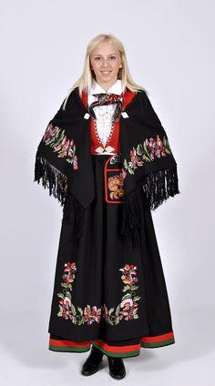 Vest-Agderbunad Swedish Style, Swedish Design, Nordic Design, Folk Fashion, Ethnic Fashion, Norwegian Clothing, Folklore, Norwegian Vikings, Costumes Around The World