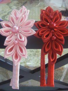 tiara feita com arte kanzashi,em várias cores. R$30,00