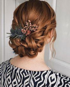 "Veronika Mykolenko on Instagram: ""🕊 . #svatebniucesybrno  #svatebníúčesy #mykolenkohairstyle #svatba2020 #svatba #svatebniliceni #brnocity"" Crochet Earrings, Dreadlocks, Hair Styles, Beauty, Instagram, Fashion, Hair Plait Styles, Moda, Fashion Styles"