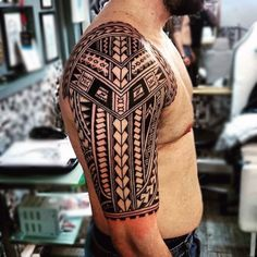 Maori Art Half Sleeve Guys Tattoos
