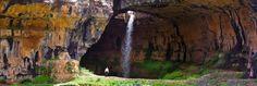 La cueva de Baatara Gorge
