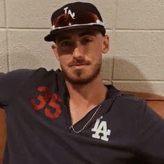 Let's Go Dodgers, Dodgers Nation, Dodgers Baseball, Baseball Guys, Sports Baseball, Mlb Players, Baseball Players, Cody Bellinger, Dodger Blue