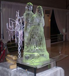 Wedding Couple Ice Sculpture for such a special day.
