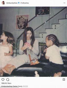 Kim Kardashian shares another photo of Chicago Kardashian Family, Kardashian Style, Kardashian Jenner, Kourtney Kardashian, Kylie Jenner, Kardashian Fashion, Kim Khloe Kourtney, Kim And Kylie, Kendall