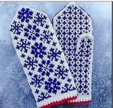 Happy New Year! Stay warm for the rest of the winter with these mittens. They feature stranded colourwork snowflakes that look more complicated to work than they really are. Knitted Mittens Pattern, Fair Isle Knitting Patterns, Crochet Gloves, Knit Mittens, Knitting Socks, Knitted Hats, Knit Crochet, Fingerless Mittens, Wrist Warmers