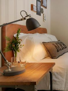 Love the look of leather furniture but can't afford it? This beautiful leather-like headboard is easy on the budget but looks like it cost a fortune.