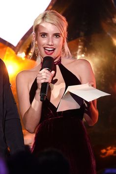 Emma Roberts on stage at the MTV Fandom Awards San Diego  on July 21, 2016