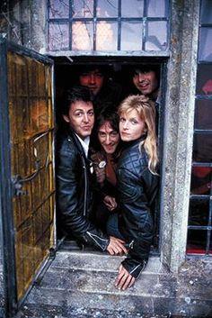 Paul & LInda McCartney & Wings