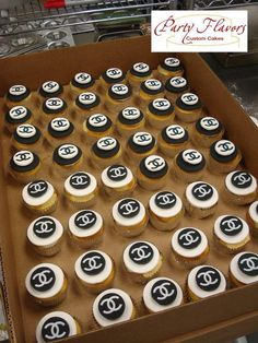 Throw a little bit of Chanel in your day with these stylish cupcakes. @PartyFlavors #PartyFlavors
