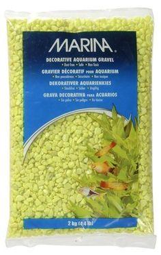 Grava Color Verde Lima 2 kg - #FaunAnimal  Crea un paisaje acuático colorido en tu acuario con la Grava Duo Tono Verde Lima MARINA. La grava está recubierta con epoxi, lo que hace la grava inerte y evita cualquier efecto adverso sobre la química del agua.