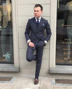 "573 Likes, 7 Comments - Geoffry Nijsmans (@geoffrynijsmans) on Instagram: ""Thursday inspiration  #inspiration #luxury #sartorial #suit #mensfashion #mensstyle #menswear…"""
