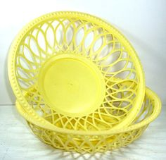 Vintage Plastic Basket Bowls Outdoor Dishes by AntiquesGaloreGal