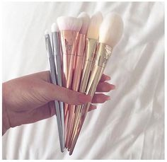 Pinterest / meganwilcox1 Real Techniques Bold Metals
