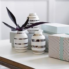 The three vases make a beautiful small design tableau.