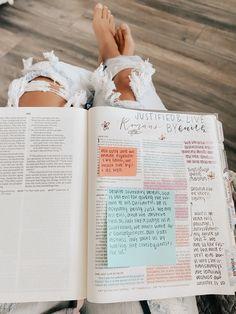 Bible Notes, My Bible, Bible Art, Bible Study Notebook, Bible Study Journal, Bullet Journal Writing, Bullet Journal Ideas Pages, Biblical Verses, Bible Verses Quotes