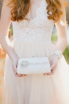 How are you carrying all your essentials on your wedding day? See more here: http://www.etsy.com/shop/cloenoel