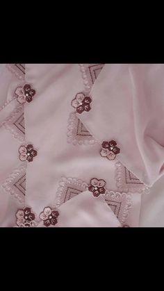 Corte Fade, Moda Emo, Needle Lace, Diy And Crafts, Elsa, Create, Jewelry, Fashion, Moda Masculina