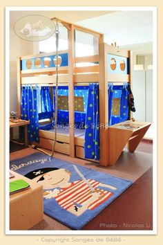 lit enfant on pinterest play structures lit mezzanine and pirates. Black Bedroom Furniture Sets. Home Design Ideas