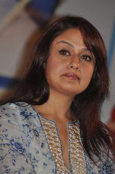 Sonia Agarwal Cute Photos - Tollywood Stars