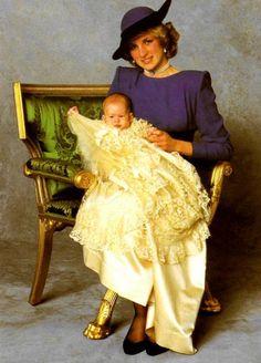 Prince Harry Christening - Windsor Castle, le 21 décembre 1984 _Suite