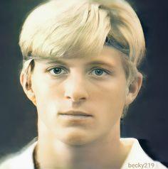 The Karate Kid 1984, William Zabka, Cute Actors, Good Looking Men, Pinterest Board, Blur, Celebrity Crush, Famous People, How To Look Better