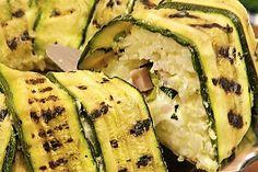 Sformato di riso e zucchine: la ricetta del primo piatto leggero e filante